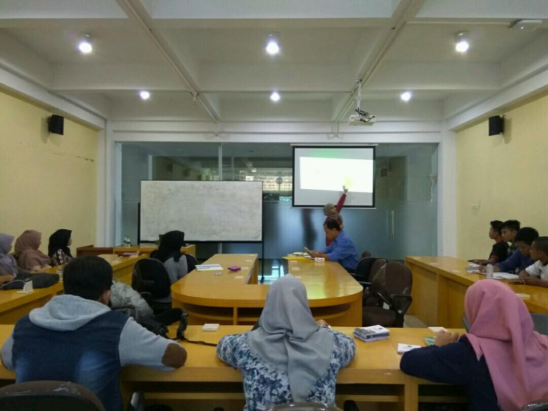 wisata belajar membatik di jogja Peluang Kuliah Tamu Asing Belajar Batik Dan Kunjungi
